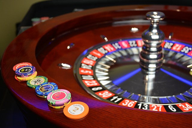 Which will be the perfect platform for doing online gambling?