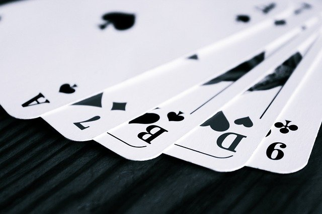 What Is The Process Of Signing Up On The Online Platform For Playing Online Baccarat Game?