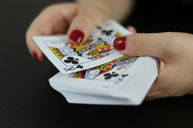 What are the tips for choosing a reliable website for online gambling?