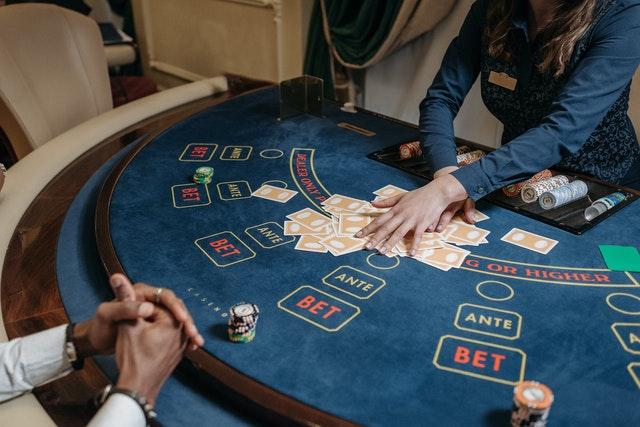 Online Gambling: Disclose 5 Secret Techniques to Improve Your Performance