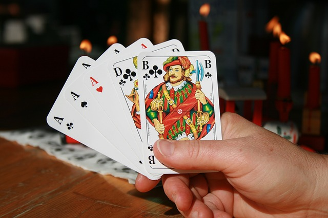 Go Through The Benefits Of Online Slot Gambling Here – Why Opt For It To Earn Money?