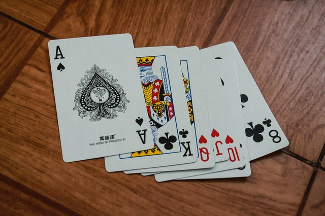 There are 2 casino games that you can find on every platform